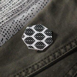 Broche maxi hexagonale - Motif Sylvia, Noir et blanc