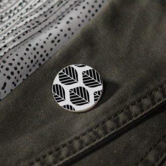 Broche mini ronde - Motif Sylvia, Noir et blanc